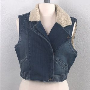 Gianni Bini Crop Denim Faux Wool Vest Large